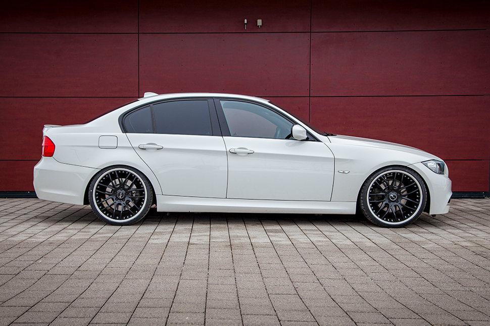 Ein BMW Dreier der E9x-Generation, oder für die Fans der alphanumerischen BMW 3er Schreibweise unter Euch, zählt einfach mit zu den schönsten Modellen von BMW.