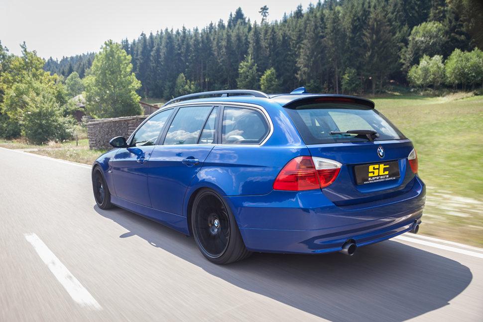 Aber durch das Karosseriedesign und der Achsgeometrie ist beim BMW E92 an der Vorderachse mit dem ST X Gewindefahrwerk eine stufenlose Tieferlegung von 20 - 50 Millimeter möglich.